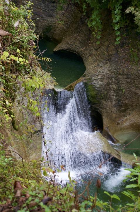 滝沢川の甌穴