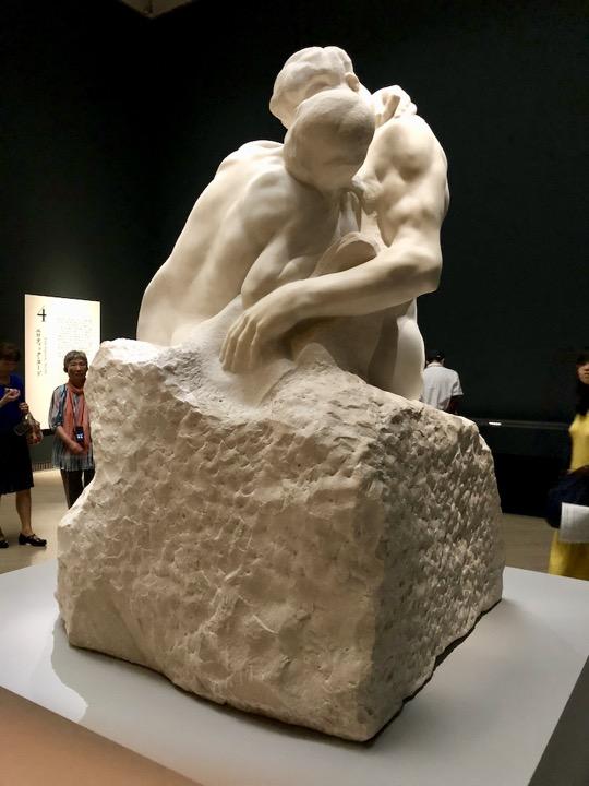 The kiss (Le baiser) / Auguste Rodin